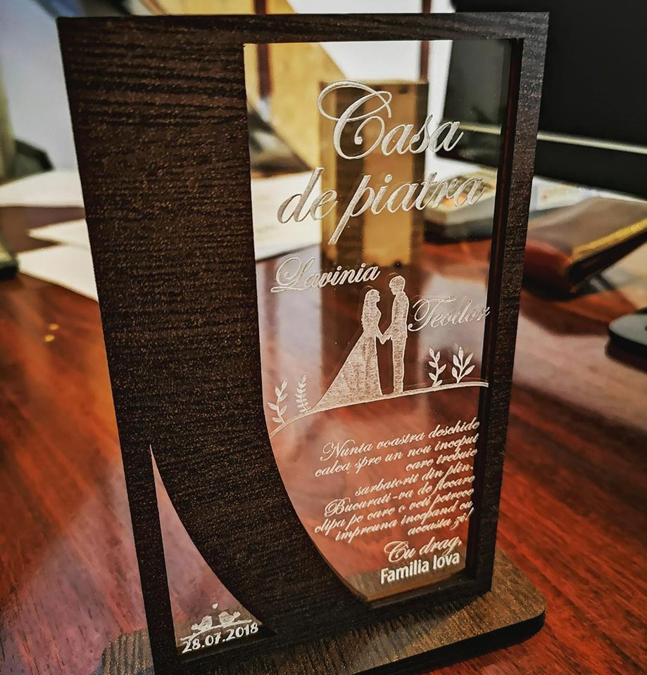 Cadou personalizat Trofeu -  Casa de piatra model 2