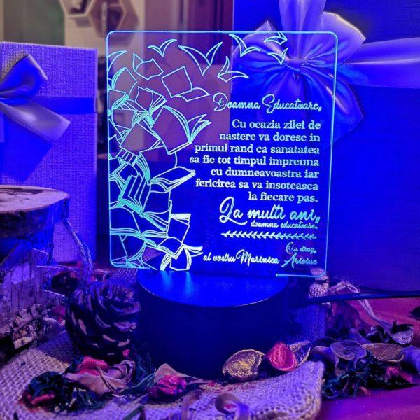 Cadou personalizat Trofeu LED - Special pentru Educatoare - Model 4