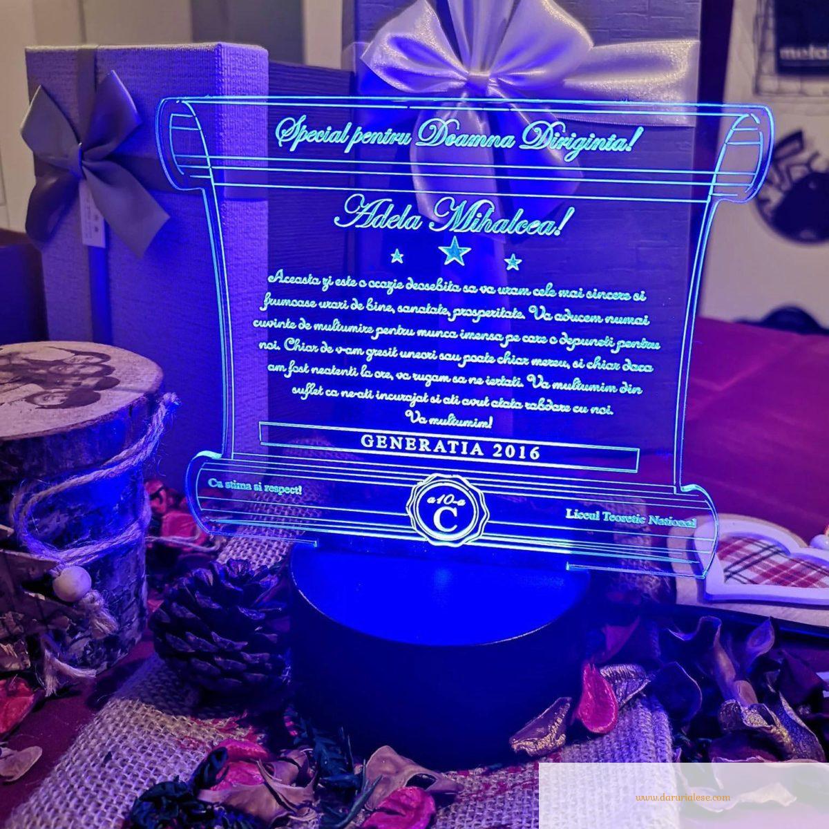 Cadou personalizat Trofeu LED - Pergament - Diriginta -  Model 6