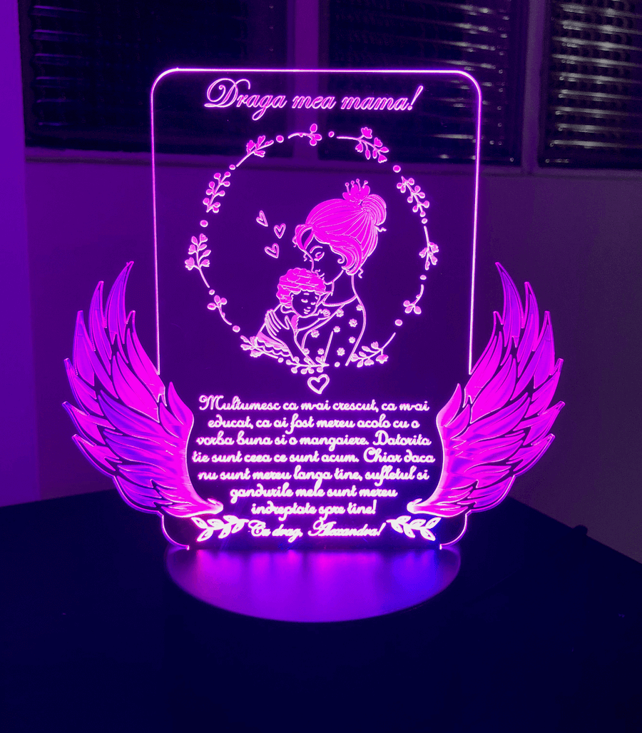 Cadou personalizat Trofeu LED - Pentru mama Model 1