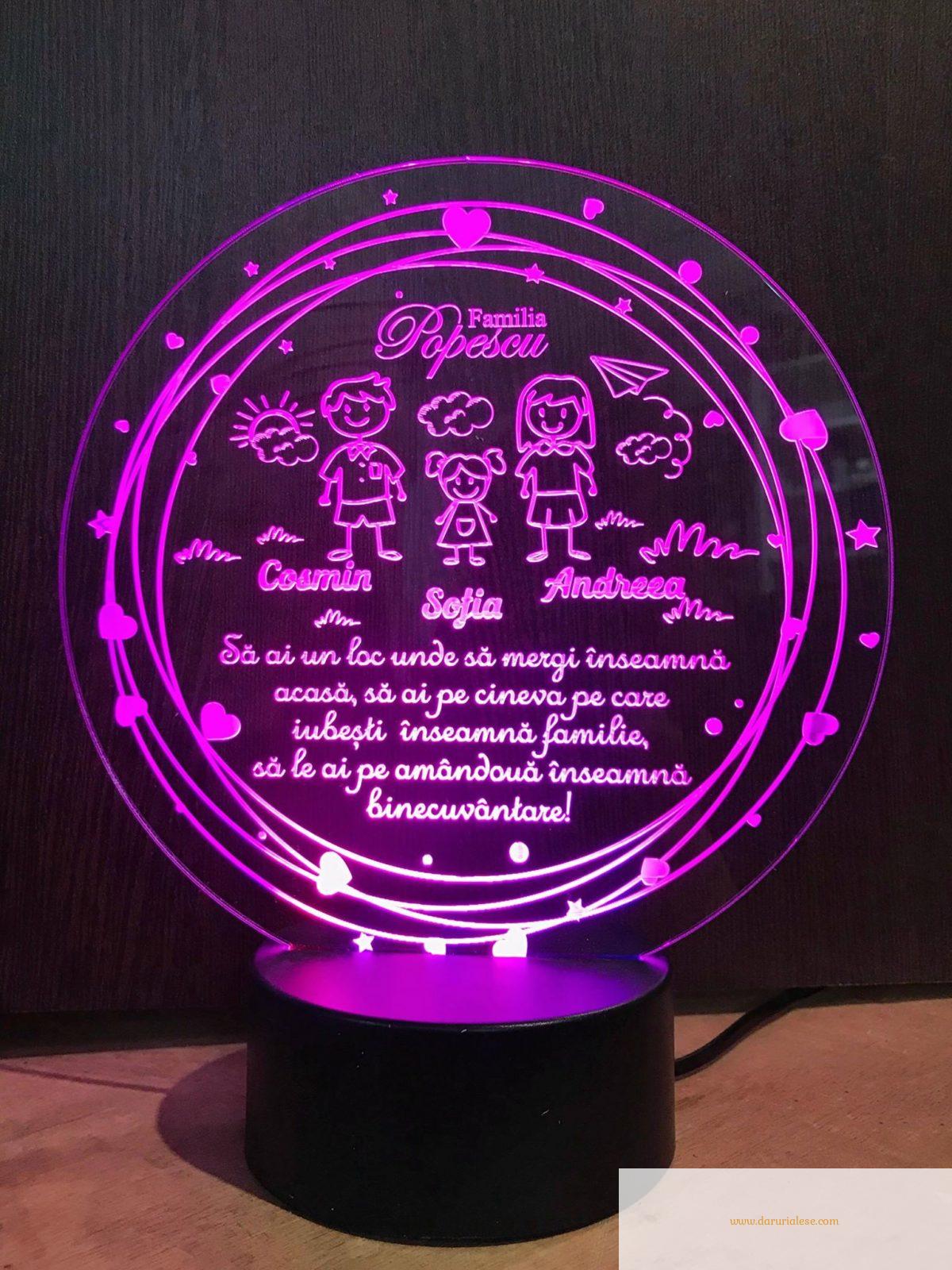 Cadou personalizat Trofeu LED - Familia mea