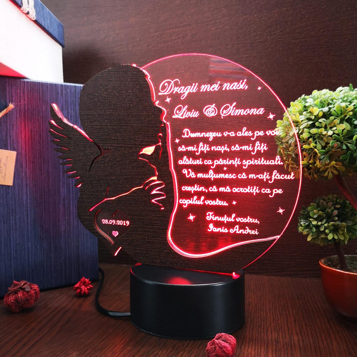 Cadou personalizat Trofeu LED - Soapte pentru nasii de botez