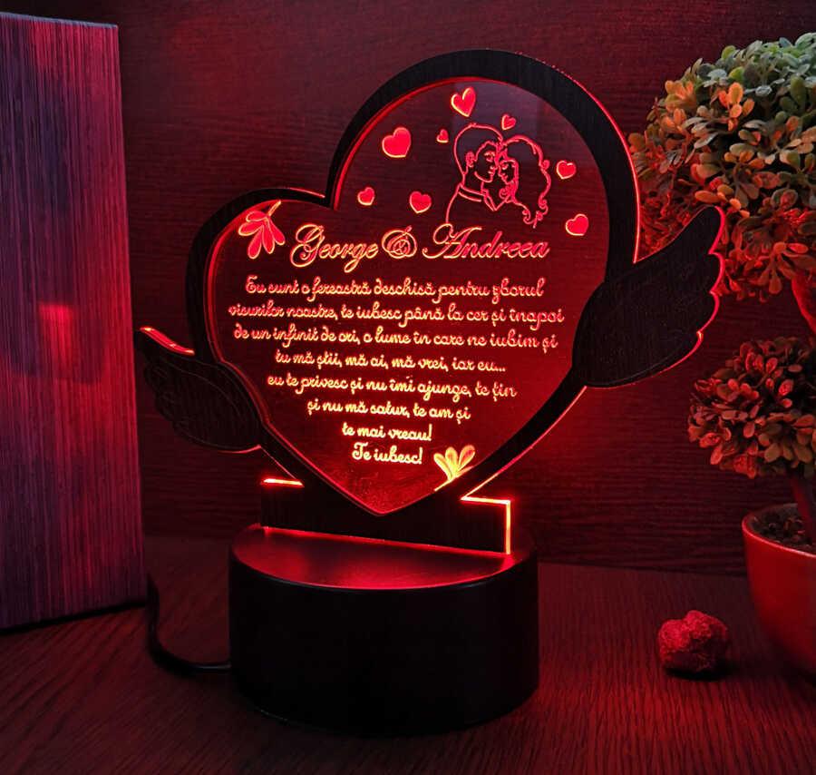 Cadou personalizat Trofeu LED inimioara pentru persoana iubita