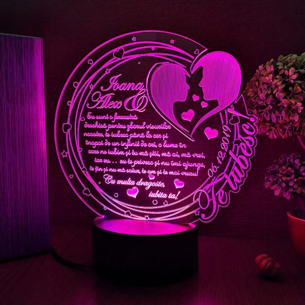 Cadou personalizat Trofeu LED - Te iubesc